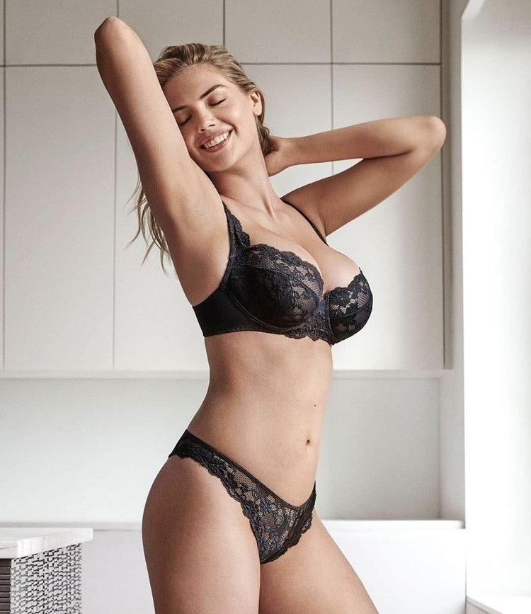 American model Kate Upton